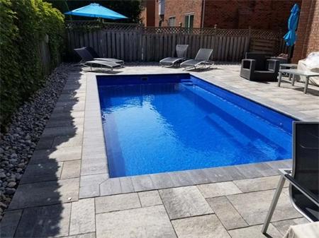Toronto-Fiberglass-Pool-10