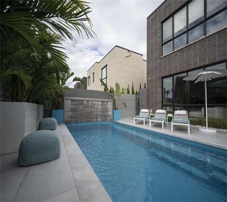 Leisure-Pools-2