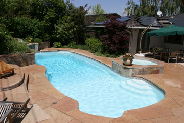 THE BEGINNER'S GUIDE TO FIBERGLASS POOLS